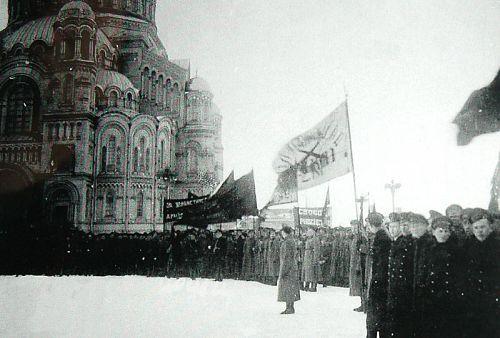 митинг на Якорной площади в Кронштадте. Март 1917 года.